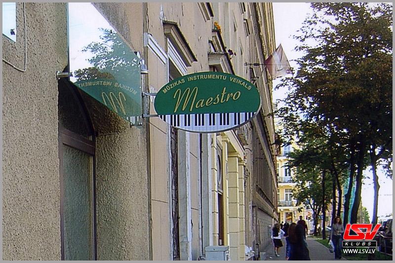 001_Maestro.jpg